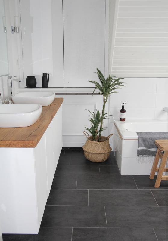 Badezimmer selbst renovieren: vorher/nachher – DESIGN DOTS | {Bad deko modern 53}