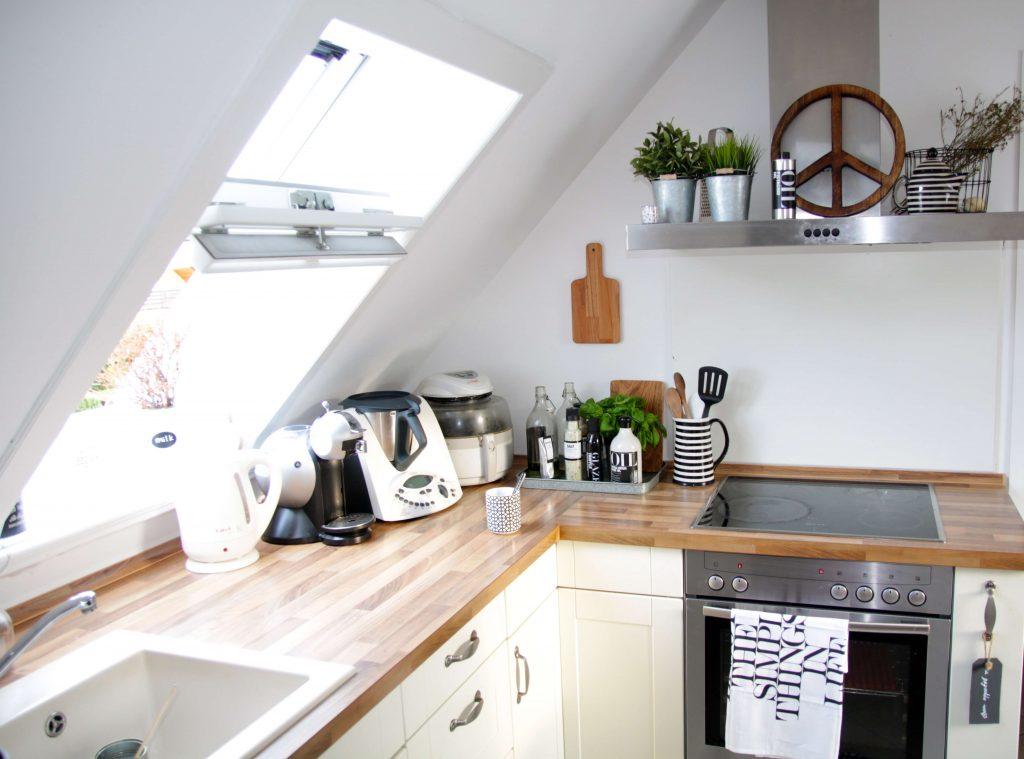 Wohnung Mit Dachschräge Einrichten Design Dots