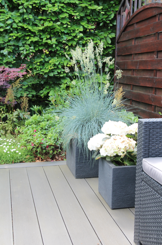unsere neue diy terrasse design dots. Black Bedroom Furniture Sets. Home Design Ideas