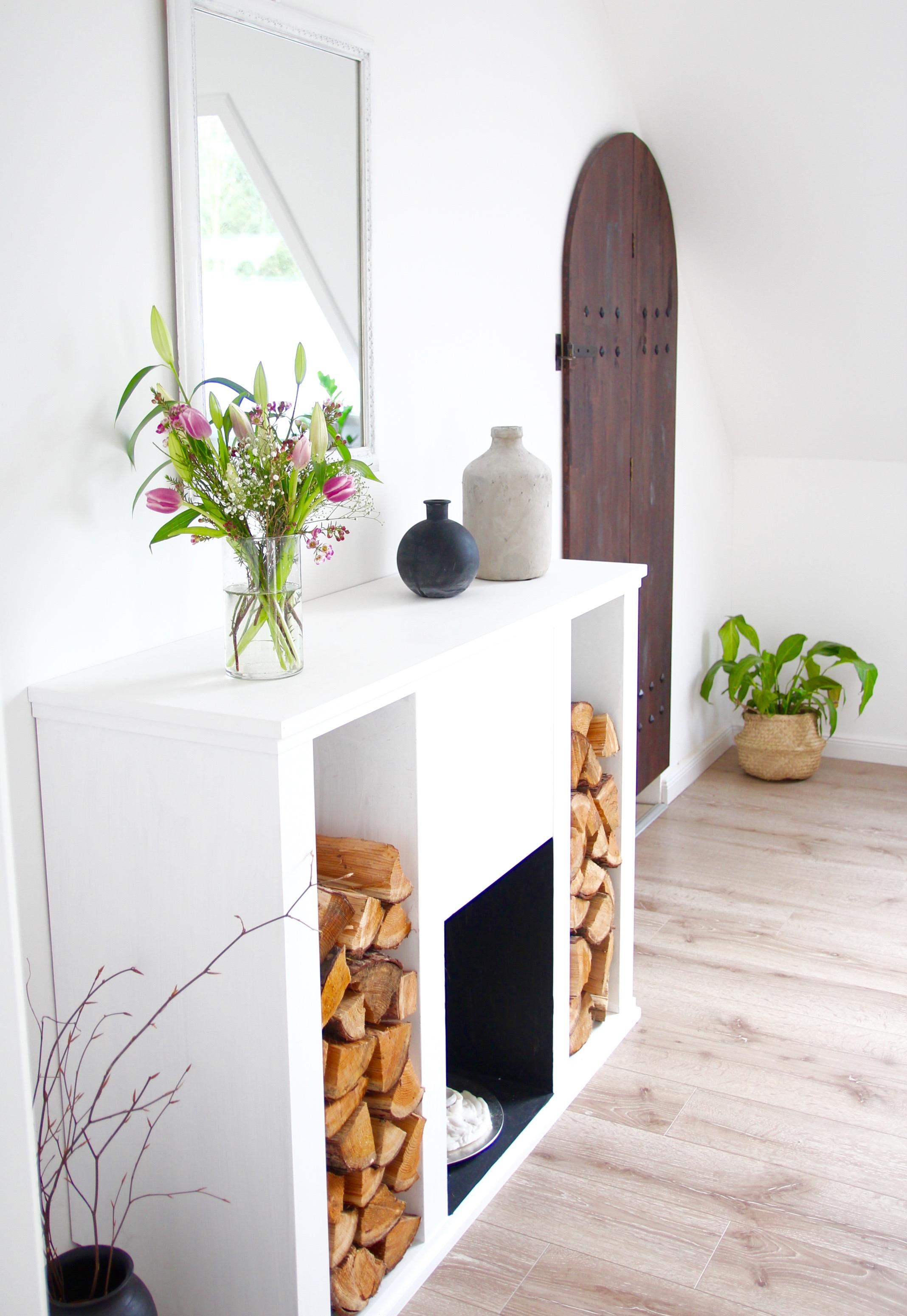 diy kaminkonsole selbst bauen design dots. Black Bedroom Furniture Sets. Home Design Ideas