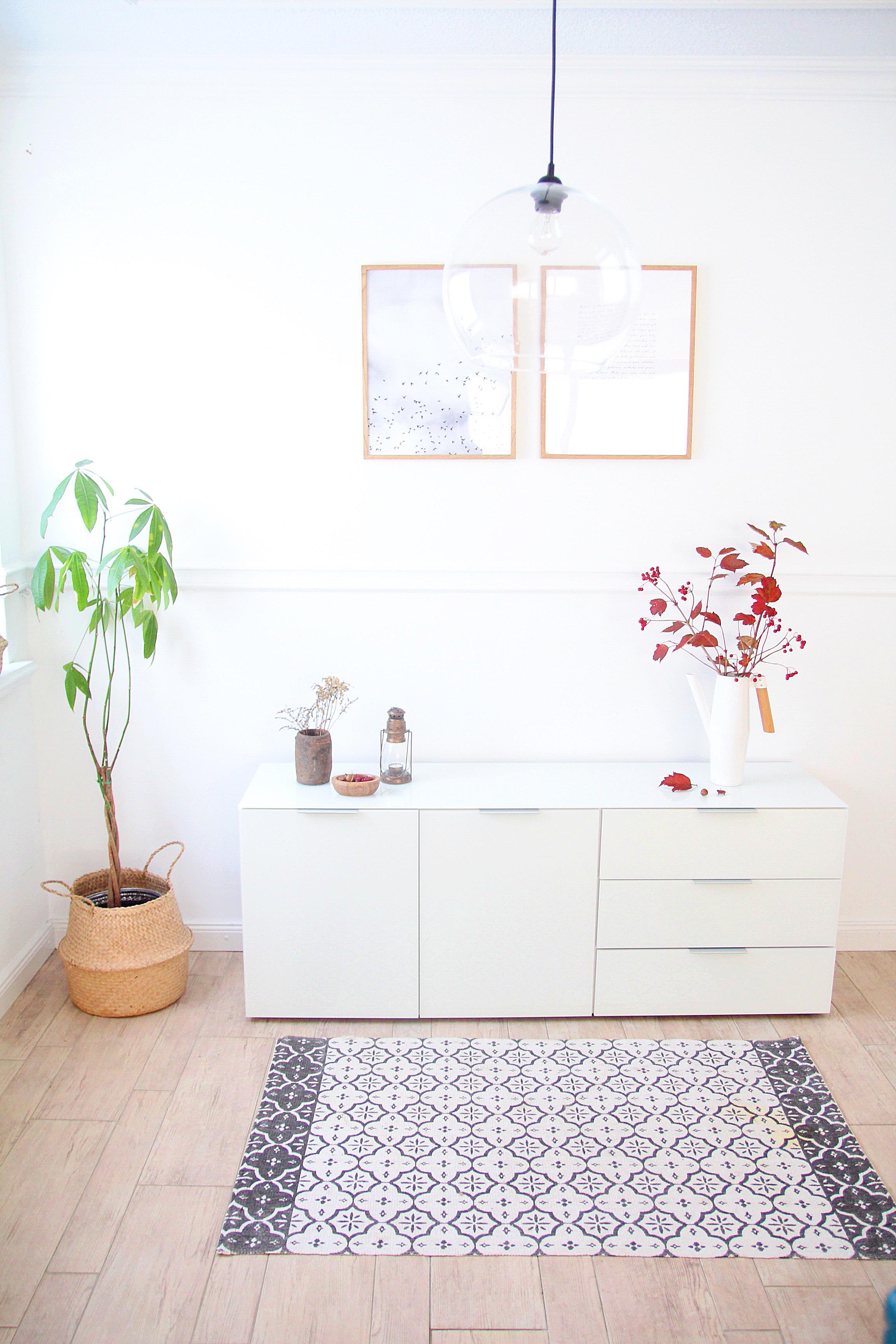 New in in unserem Wohnzimmer: ein Sideboard von GERMANIA – DESIGN DOTS