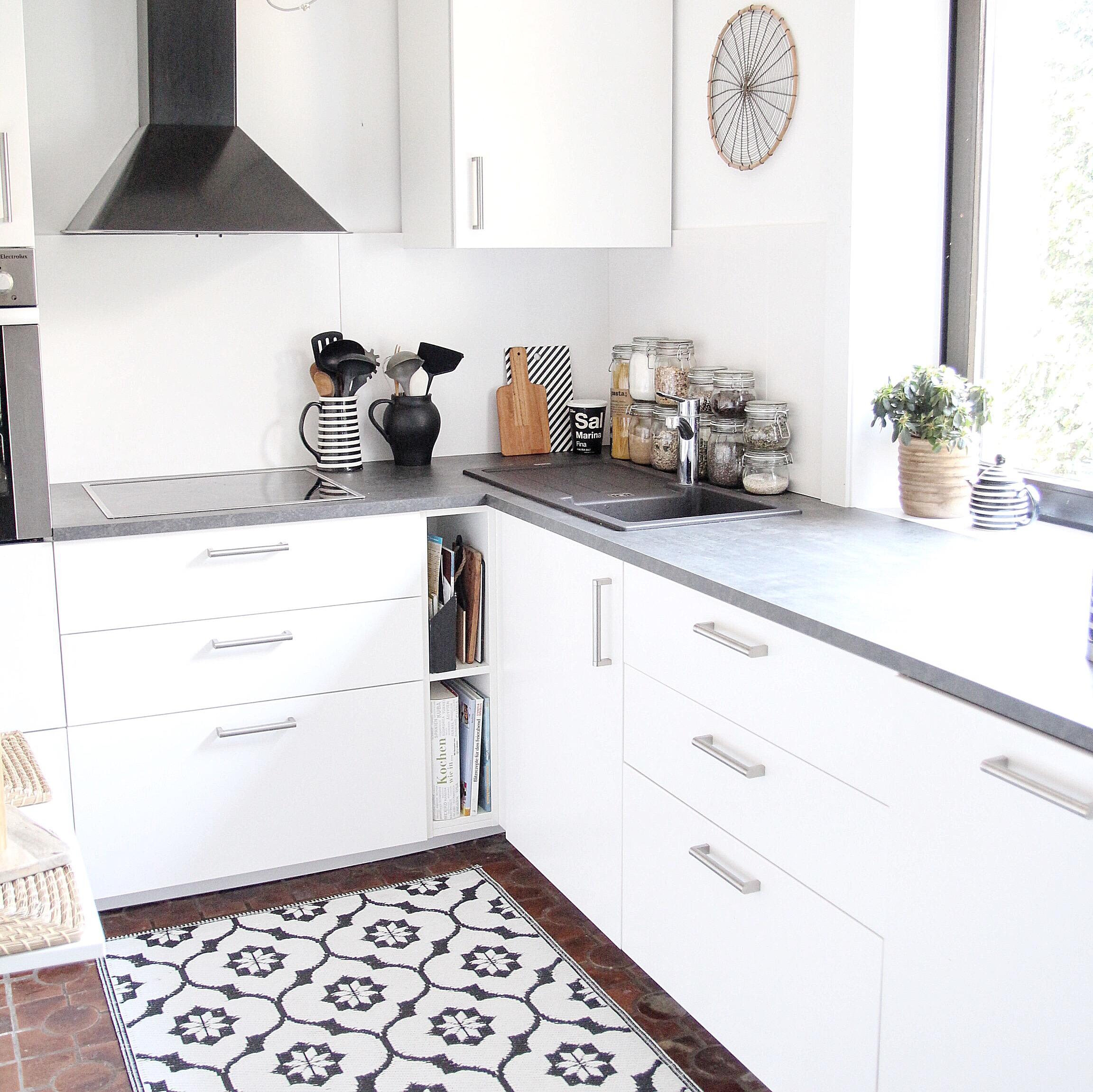 alte-küche-neu-gestalten - DESIGN DOTS