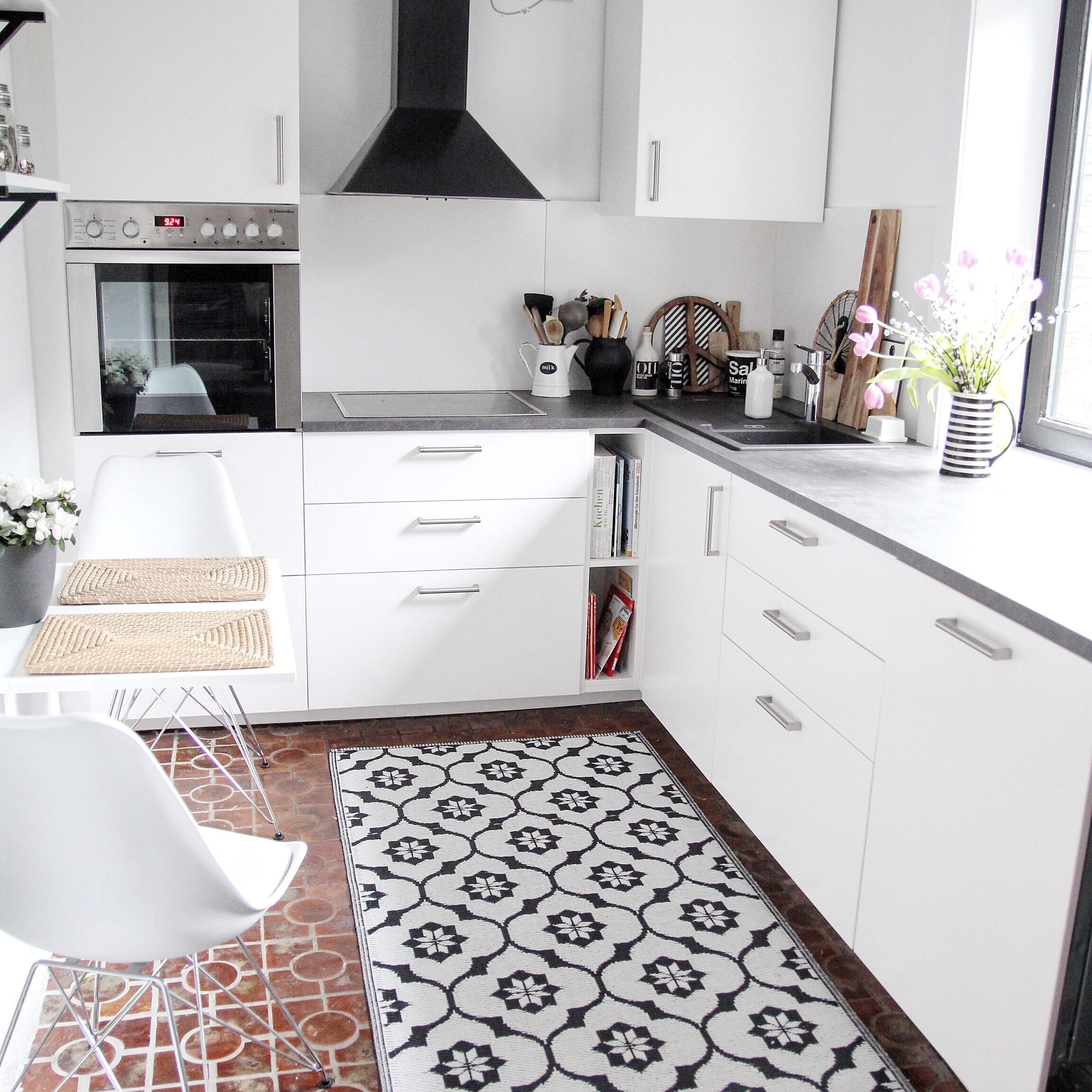 küche-günstig-renovieren-kosten - DESIGN DOTS