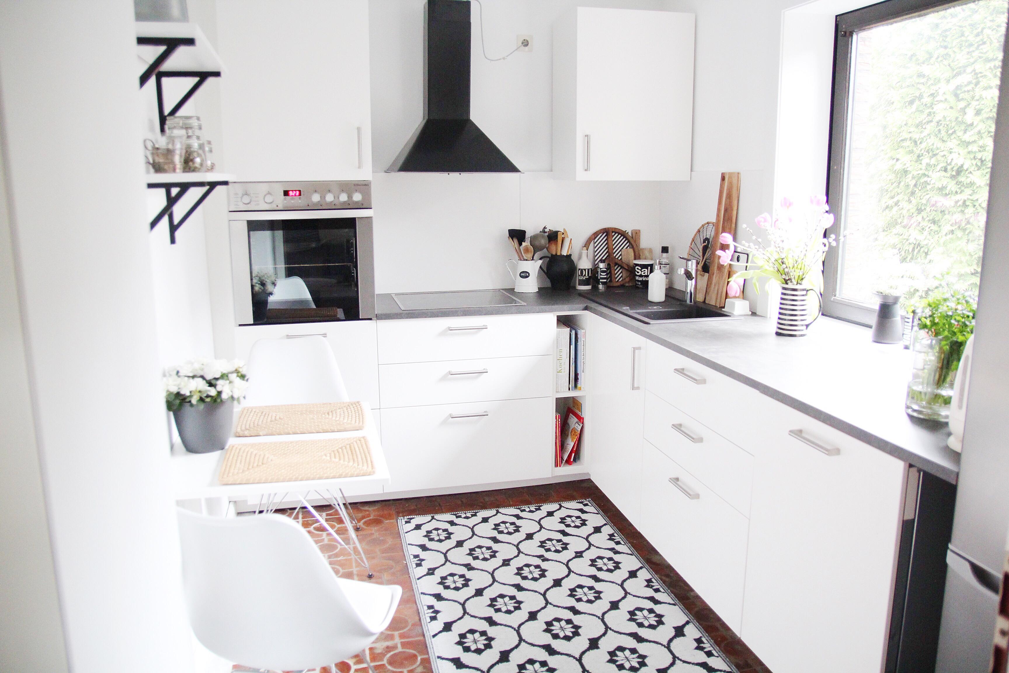 küche-selbst-renovieren-vorher-nachher - DESIGN DOTS